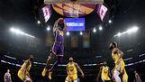 Los Angeles Lakers, Golden State Warriors'ı farklı geçti
