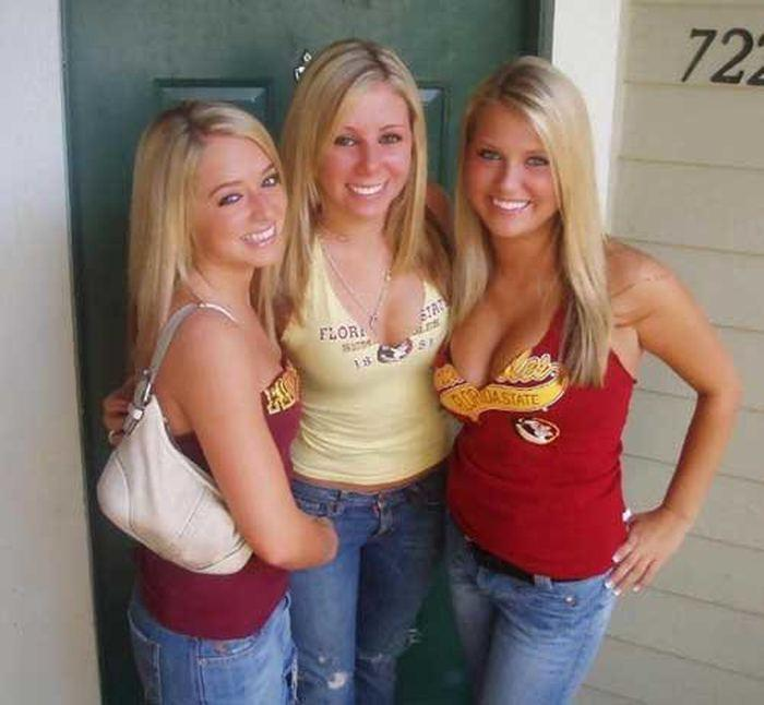 Really hot college girls